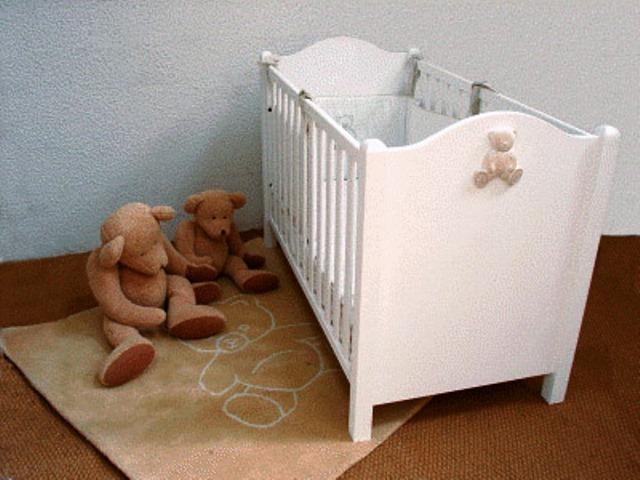 lit bebe solde pi ti li. Black Bedroom Furniture Sets. Home Design Ideas