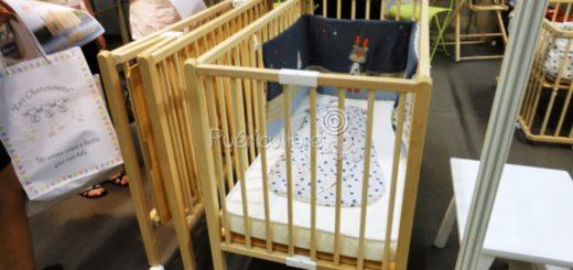lit en bois b b pi ti li. Black Bedroom Furniture Sets. Home Design Ideas