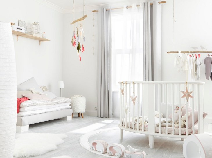 chambre fille bebe pi ti li. Black Bedroom Furniture Sets. Home Design Ideas