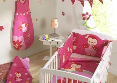 theme chambre fille pi ti li. Black Bedroom Furniture Sets. Home Design Ideas