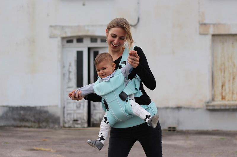 b52ff4b6e2c Voici la sélection d écharpe de portage bébé pour vous     . Porte bébé 10kg