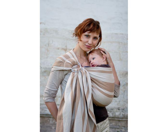 Voici la sélection d écharpe de portage bébé pour vous      e343c225bdd